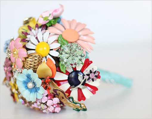 vintage pin bouquet