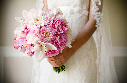 pink white wedding flowers