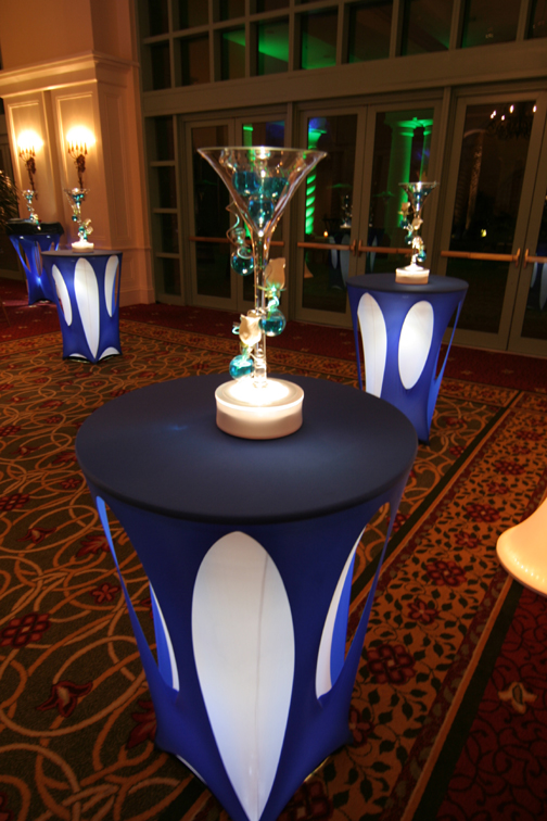 Wedding decor cocktail table lighting for Cocktail tables party