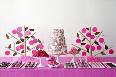 hot pink wedding decor