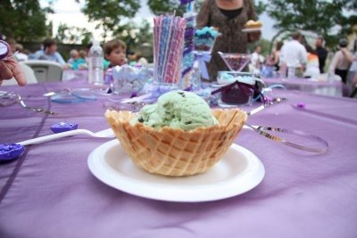 ice cream wedding desserts