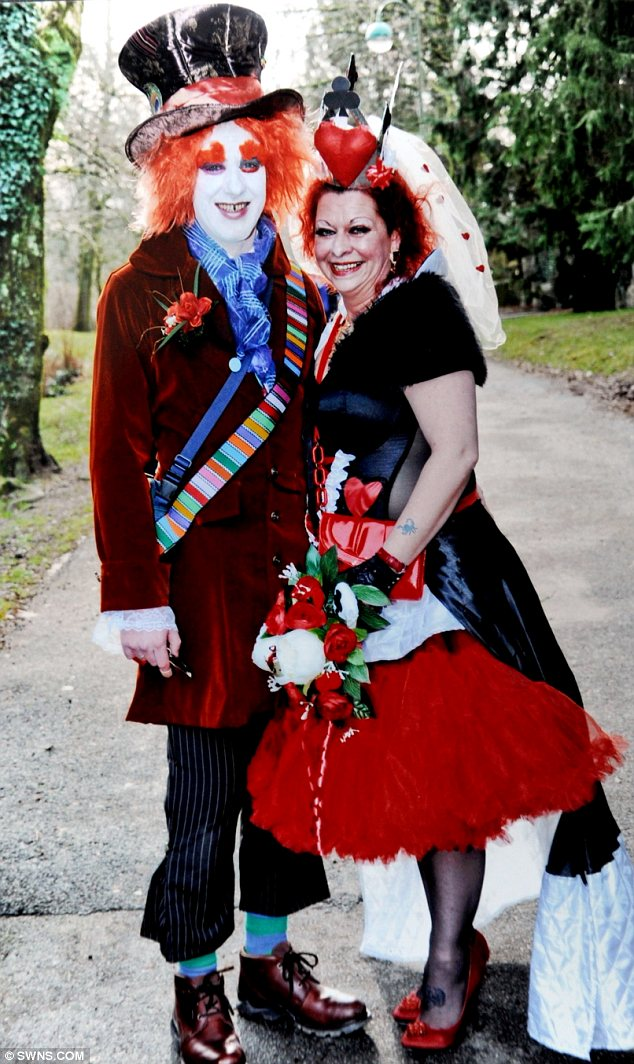 halloween costume weddings
