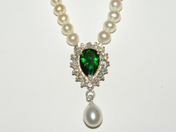 green wedding jewelry