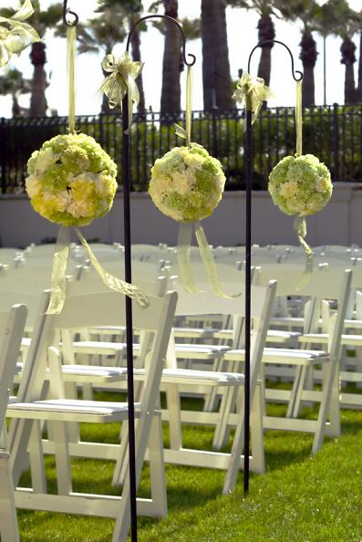 wedding ceremony pomanders
