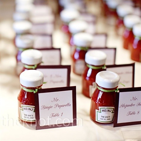 ketchup wedding favors