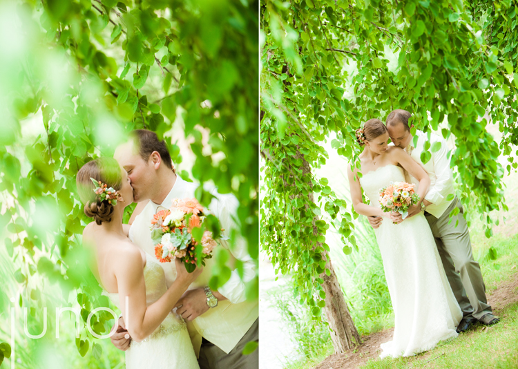 tree wedding portraits Photo Credit StudioJunocom