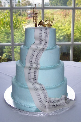 music theme wedding cake Photo Credit Ask Ginka