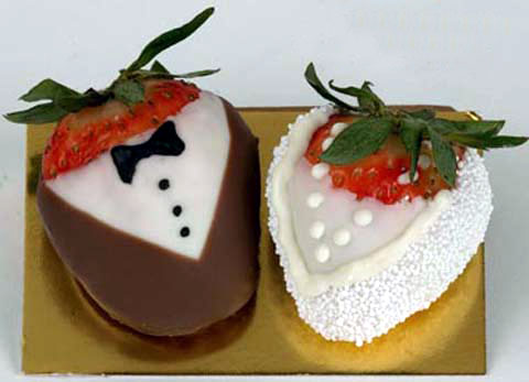 bride groom strawberry favors