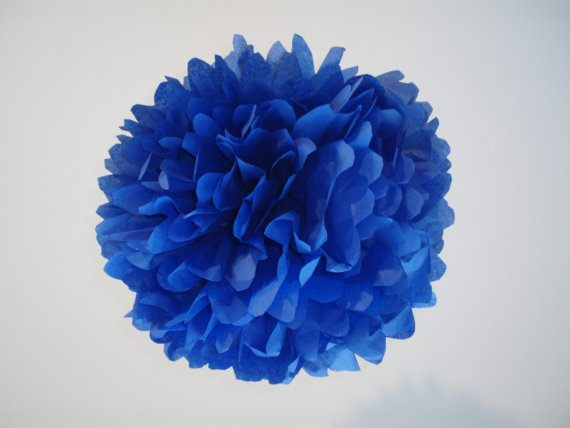 blue wedding decorations Photo Credit PerfectPoms