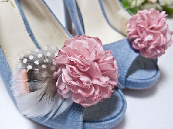 pink shoe clips