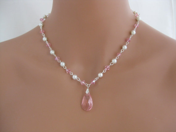 Light pink wedding necklace