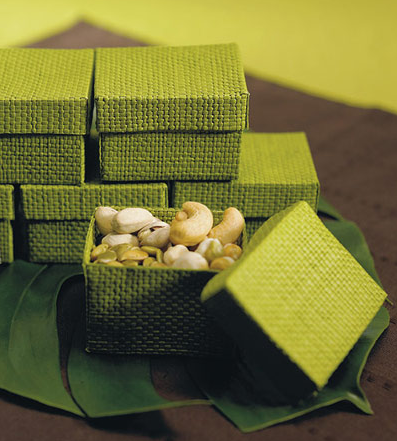 green favors boxes