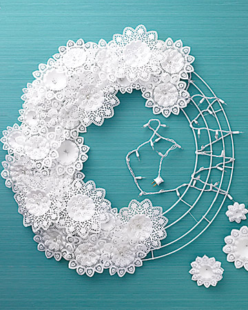 DIY doily wreath