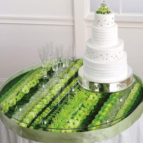 floral wedding cake displays