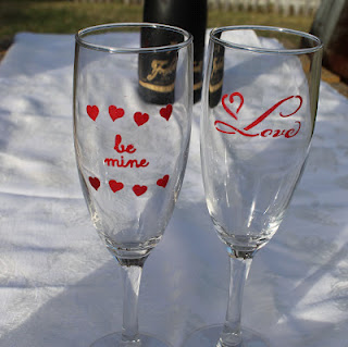 stenciled champagne flutes tutorial