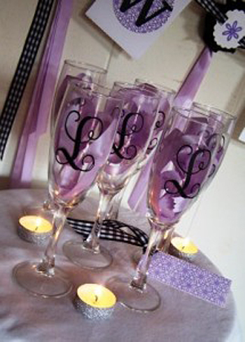 Diy wedding projects champagne flutes photo credit ten23 designspin it solutioingenieria Choice Image