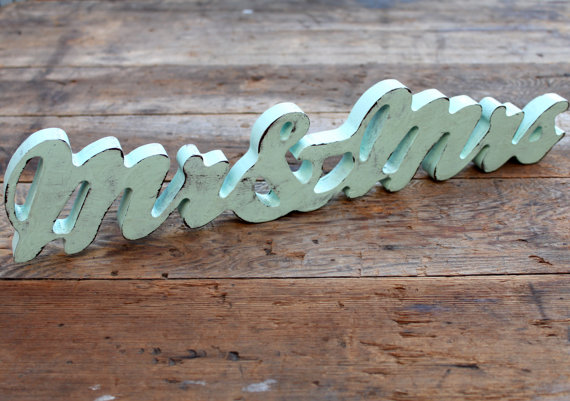 mr & mrs wedding sign
