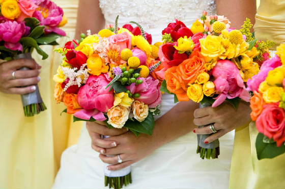 bright summer wedding bouquets