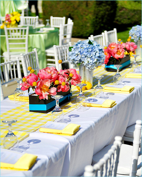 bright summer wedding table decor