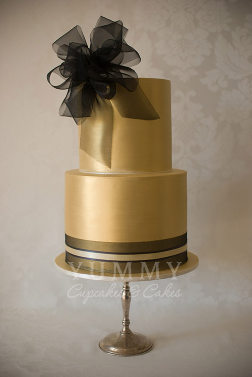 gold metallic wedding cakes