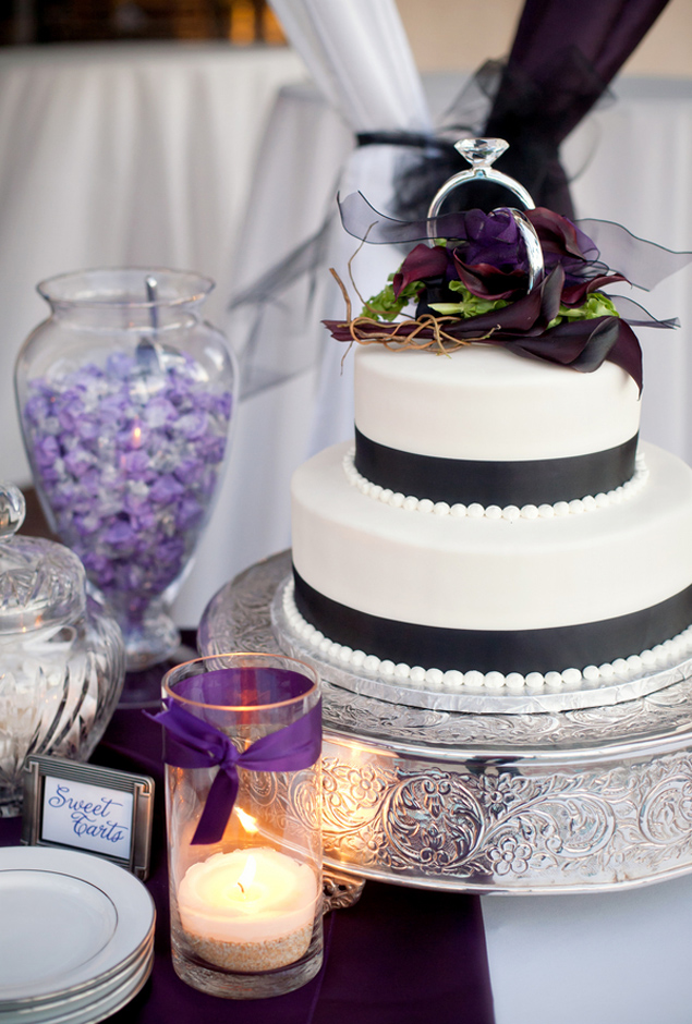 wedding cake and candy