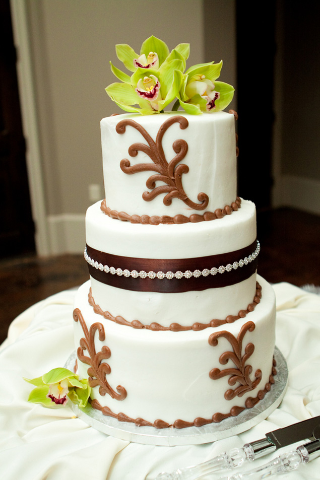 brown and green wedding cake