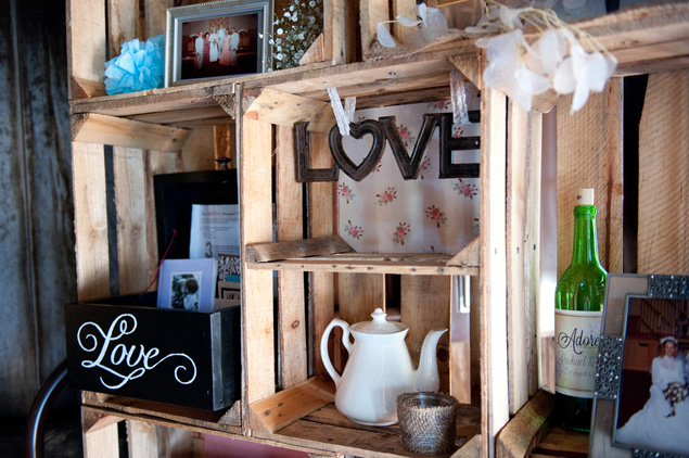 Rustic Wedding Details and Decor