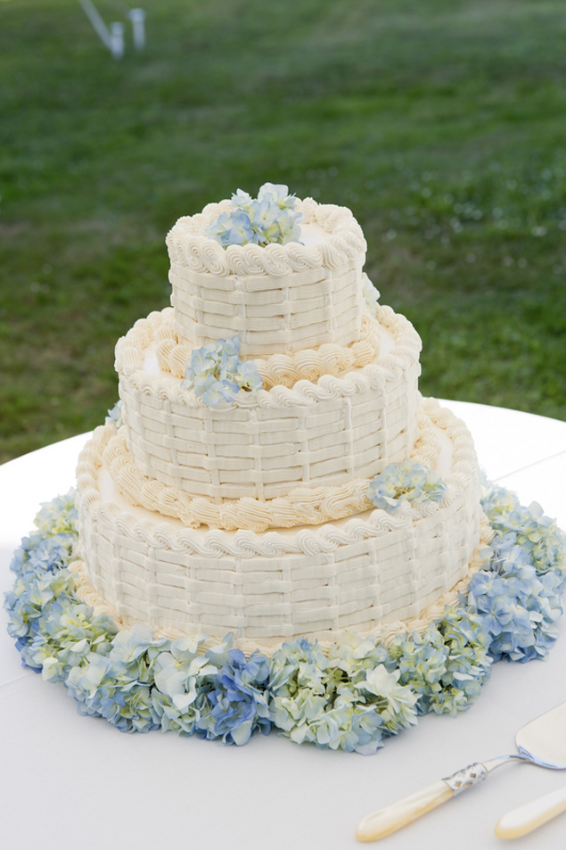 White and light blue wedding cake