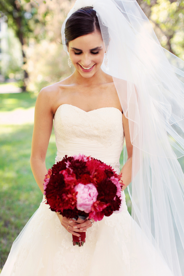 Bridal Portraits with red bouquet