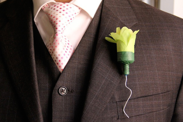 DIY Boutonniere Tutorials