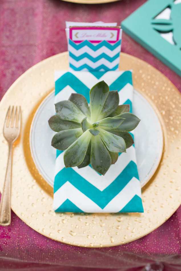 Chevron Place Setting