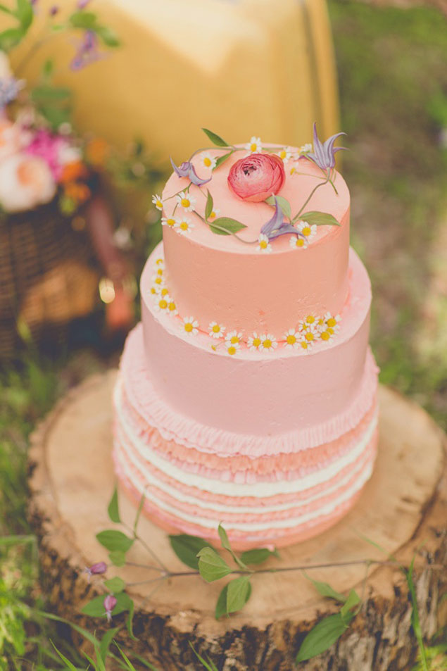 Light Pink Wedding Cakes