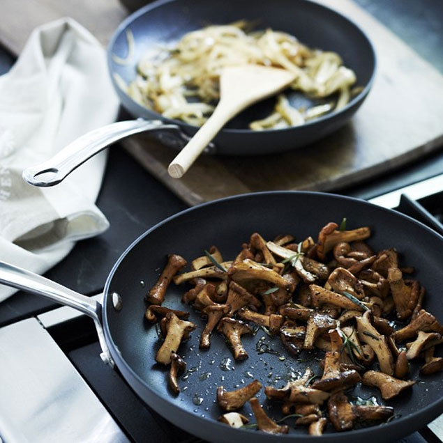 Williams Sonoma Fry Pans