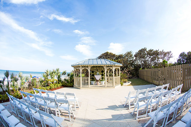 Outdoor Florida Ceremony