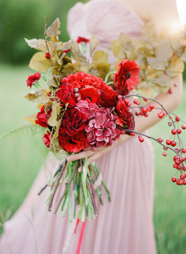 Modern Red Bouquets